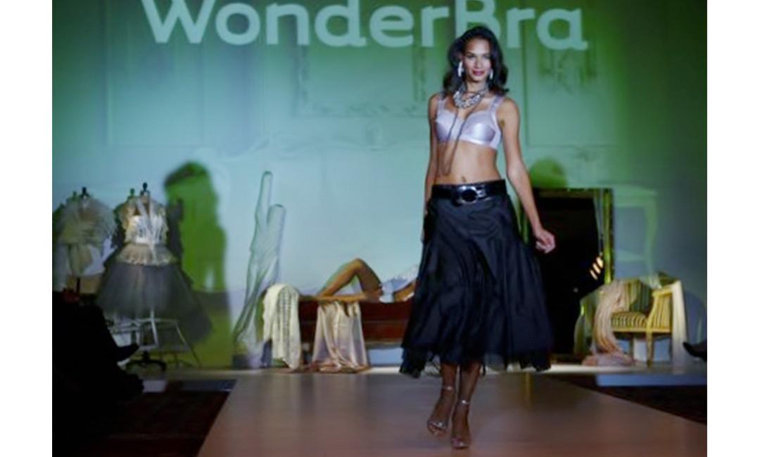 Wonderbra_06